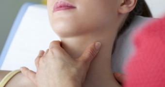Amigdalita poate provoca grave complicatii
