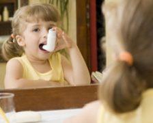 Astmul la copii. Cum il tratam?
