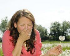 S-a deschis sezonul alergiilor: rinita alergica