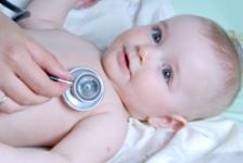 Peste 51% dintre mamele din Romania nu au auzit de vaccinarea contra  rotavirusului