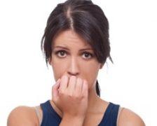 Rosul unghiilor, simplu tic nervos sau tulburare obsesiv-compulsiva?