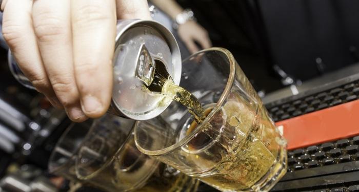 secundara_energizante1_inainte de Nu amestecati bauturile energizante cu alcoolul!