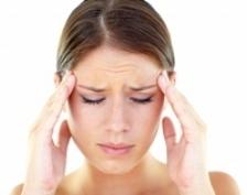 Top 5 cauze ale durerilor de cap. Ce produse trebuie ocolite