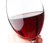 Vinul rosu previne pierderea auzului?