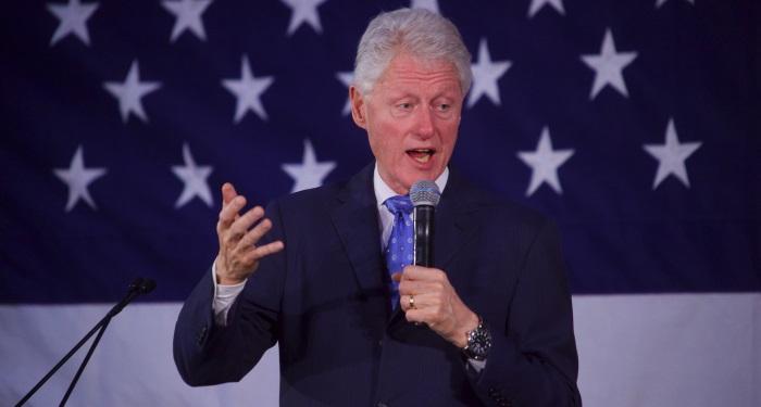 secundara_rozacee_inainte de Bill Clinton