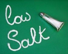 Pericolul din farfurie: sarea in exces