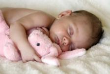 Cat trebuie sa doarma copiii, pe grupe de varsta