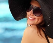 Ochelarii de soare – o necesitate in sezonul estival