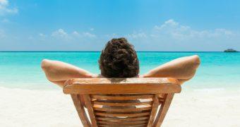 Masuri de siguranta la plaja si piscina