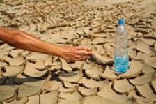 Semne care arata ca ne hidratam insuficient