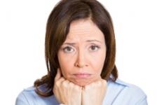 Bufeuri, iritabilitate, insomnie? Pot fi semne care indica menopauza