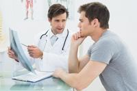Cancerul de san la barbat: care sunt factorii de risc?