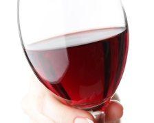 Adio, mahmureala! Expertii au inventat vinul care nu prezinta efecte secundare dupa ce este consumat