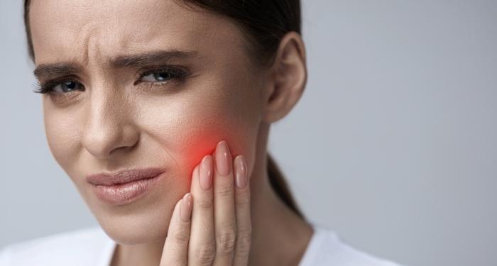 Probleme dentare care pot distruge concediul