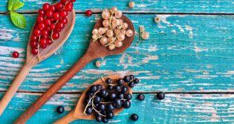 Beneficiile consumului de coacaze