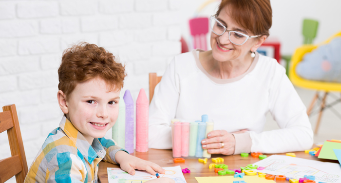 Ghid pentru parinti: cum prevenim afectiunile cauzate de ghiozdanele prea grele ale copiilor?