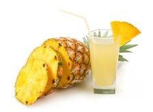 Sucul de ananas va scapa de tuse!