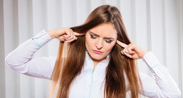 7 cauze frecvente care duc la scaderea auzului