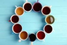 Consumati ceai cu regularitate pentru a reduce riscul declinului cognitiv