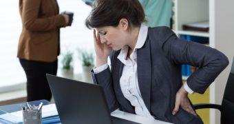 Durerea de cap, posibil simptom al unei coloane bolnave