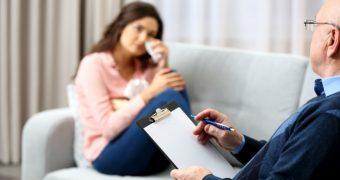 Depresia: cum puteti recunoaste riscul de suicid?