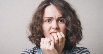 De ce ne roadem unghiile? Ce reprezinta acest tic?