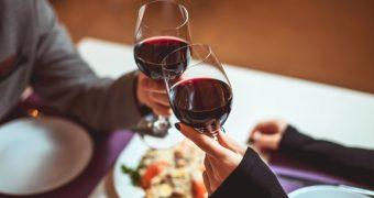 Consumul moderat de alcool poate preveni diabetul