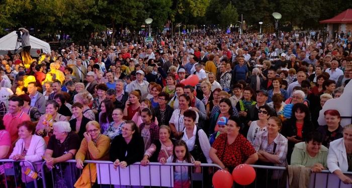 secundara_festival_inainte de paragraful GAZDA SERII......