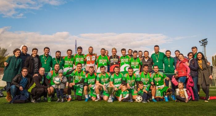 principala_Echipa de Fotbal CATENA RACING_TEAM, campioana_foto 1