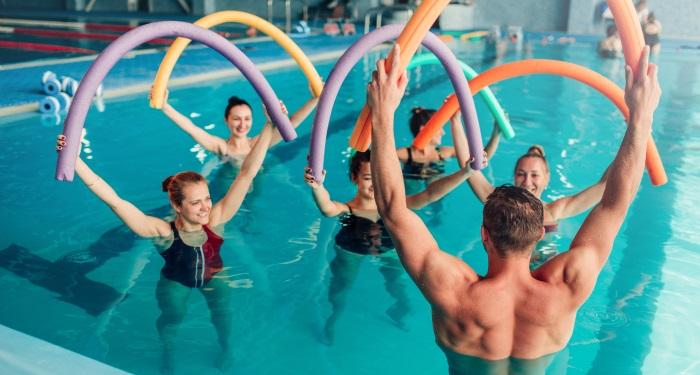 secundara_exercitii_inima_inainte de Inotul sau gimnastica in apa (aqua gym)