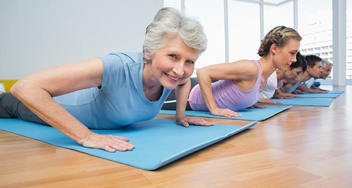 inainte-de-Doua-dintre-exercitiile-de-Pilates-cu