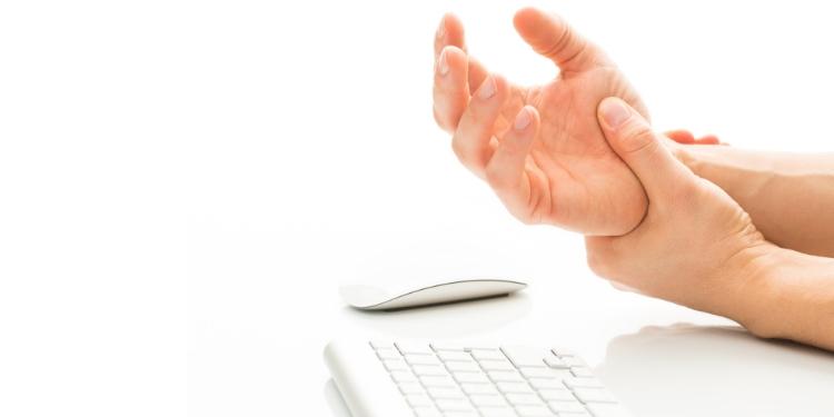 cauza degetelor umflate