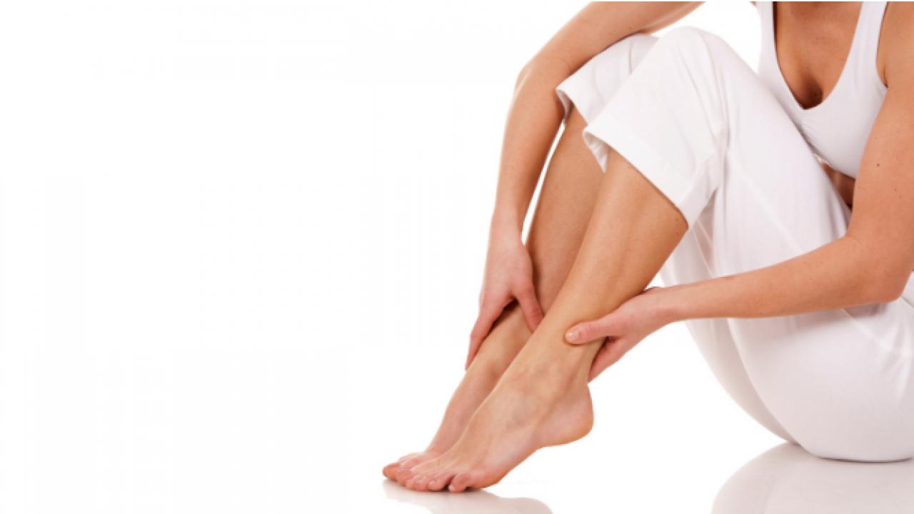 durere și arsură la nivelul picioarelor și picioarelor inferioare