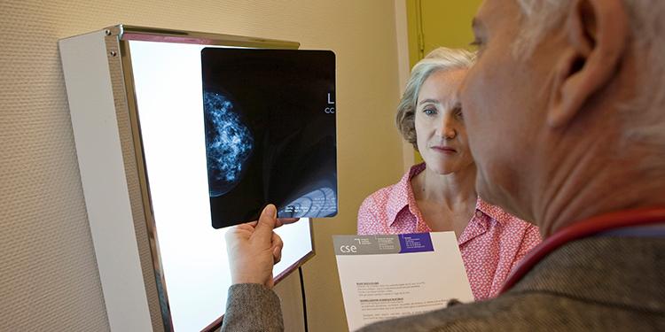 res-inainte-de-Ce-se-intampla-in-timpul-mamografiei