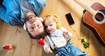 Folosirea excesivă a căștilor, principala cauză a problemelor de auz