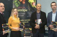 """S-a lansat cartea """"Ghid de nutriție – de la prevenție la terapie"""""""