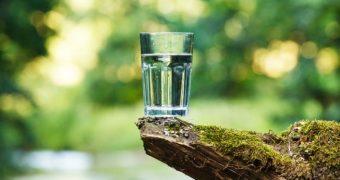 Care este legătura dintre deshidratare și demență