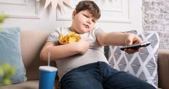 Obezitatea în adolescenţă afectează ireversibil oasele