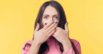 Există anumite obiceiuri care duc la senzaţia de gură uscată