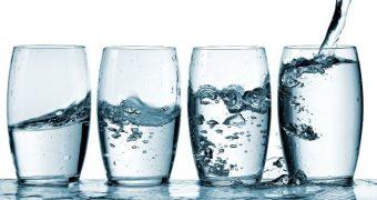 Setea e provocată de pierderea a 1% apă din corp