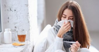 Puteţi să vă daţi seama încă din prima zi dacă aţi răcit