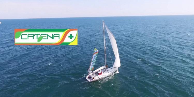 Navigatorul Marius Albu urează românilor Sărbători fericite din Oceanul Indian