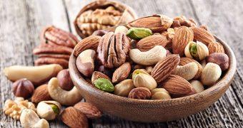 Oleaginoasele stabilizează glicemia şi cresc rata de supravieţuire în cazul cancerului de colon