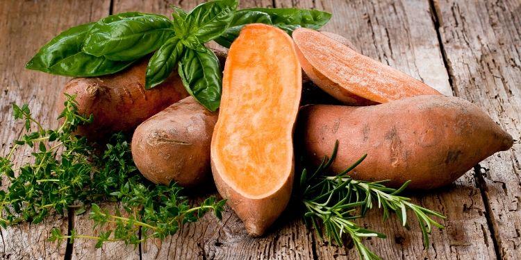 sistem imunitar, vitamina C, vitamina A, vitamine B, zinc, fibre, antioxidanţi, fier, magneziu, vitamina D, cereale, un sistem imunitar sănătos, cartofi dulci,