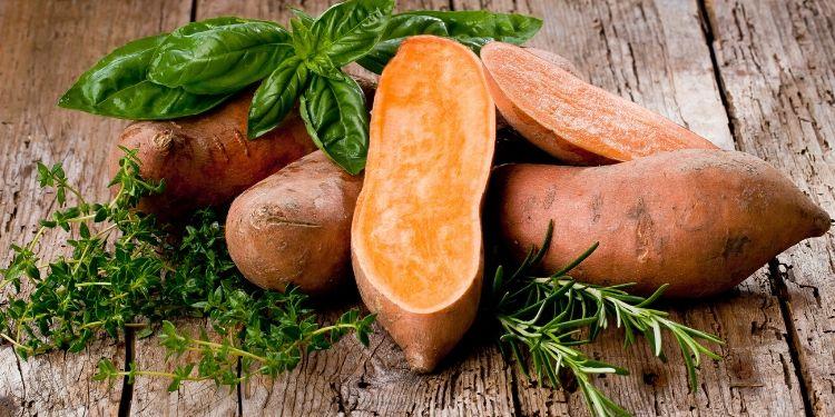 alimentatia primavara, imunitate, fructe, legume, vitamina C, legume-frunze,