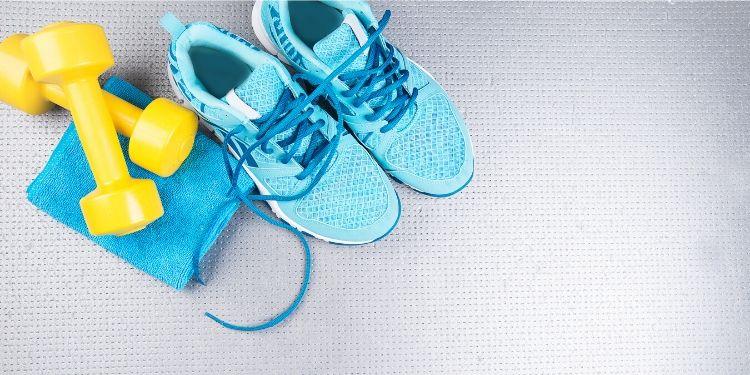 exerciţii uşor de făcut acasă, exercitii, antrenament, acasa, muschi, izolare, sport, efort fizic,