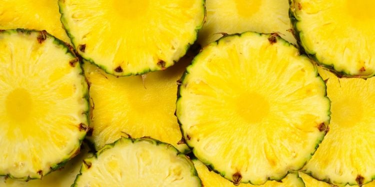 ananas, suc de ananas, vitamine, minerale, antioxidanti, bromelaina, inflamaţia, beneficiile sucului de ananas,