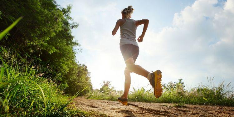 alergare, miscare, exercitii fizice, antrenament, endorfine, jogging, ce se întâmplă în organism când alergăm,