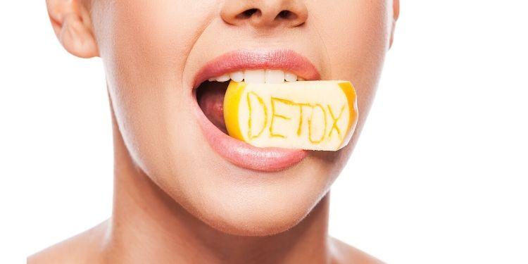detoxifierea, pro, contra, cure de detoxifiere, hidratarea, alimentatie sanatoasa, deshidratarea, toxine, detoxifierea: pro sau contra,