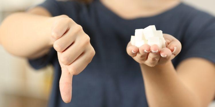 zahăr, digestie, fructoza, balonare, gaze, colesterol, efectele zahărului asupra digestiei,